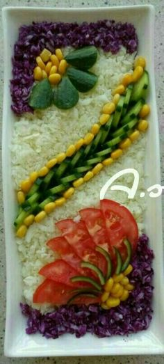Discover thousands of images about salade varier Food Design, Salad Design, Vegetable Decoration, Food Decoration, Snacks Für Party, Appetizers For Party, Fruit Salad Ideas Parties, Cute Food, Good Food