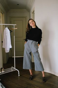 Chic On A Budget Outfits — Valeria Lipovetsky - Kleidung Ideen Dressy Outfits, Fall Outfits, Cute Outfits, Fashion Outfits, Work Outfits, Summer Outfits, Valeria Lipovetsky, Outfit Chic, Black Women Fashion