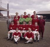 Manchester United at Old Trafford Manchester prior to the FA Cup Final April 1963 Back row left to right Denis Law Shay Brennan and Bill Foulkes...
