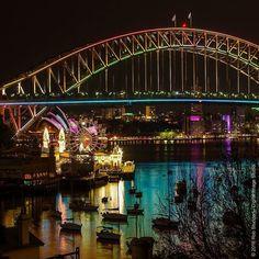 Vivid Sydney 2013 #aussiepics #australia #SeeAustralia #outdoors #wanderlust #travelgram #nsw #sydney #nightscape #lights #landscape #landscapephotographer #ig_landscapes #sydneyoperahouse #sydneyharbourbridge #harbour #vivid #pentax #2013 #notjustadudewithacamera  @rob.distudio  http://ift.tt/1Q4zyN5 by robscapes http://ift.tt/1NRMbNv
