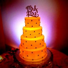 Gourmet Bakery, Carriage House, Wedding Cakes, Table Lamp, Sweet, Home Decor, Wedding Gown Cakes, Candy, Lamp Table