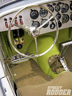 You will ❤ MACHINE Shop Café... (1932 Highboy Roadster by HHR)