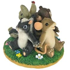 Fitz and Floyd Circle of Friends Charming Tails Figurine by Charming Tails, http://www.amazon.com/dp/B007R5I6ES/ref=cm_sw_r_pi_dp_L1XQpb0T8ZNKC