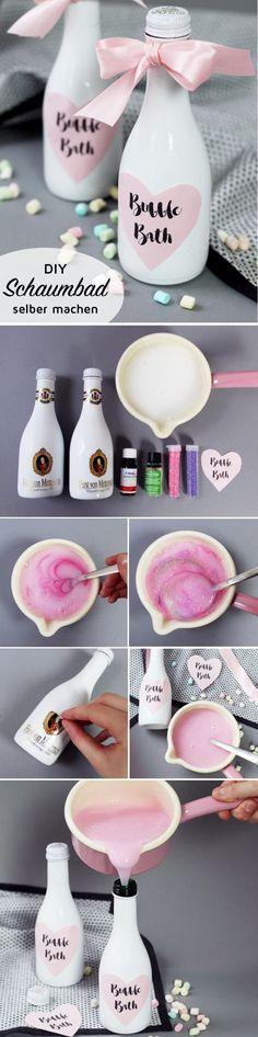 Pinkes Glitzer-Schaumbad selber machen & Flaschen stylish upcyceln. DIY Anleitung für pinken Badeschaum und schöne Geschenk Verpackungen. Der Badeschaum eignet sich perfekt als kleines Weihnachtsgeschenk!