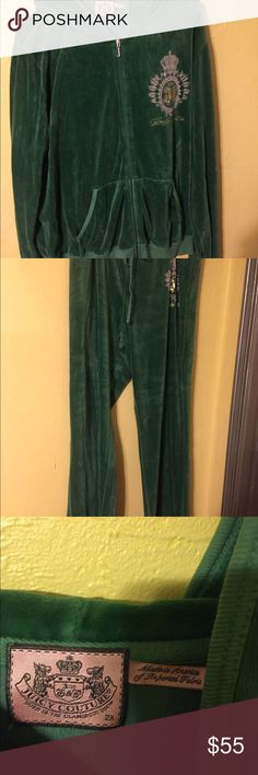 🎀🎀JUICY COUTURE SWEAT SUIT Juicy couture sweat suit in green velour Juicy Couture Other