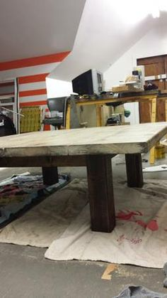 makes your own rustic end table and coffee table