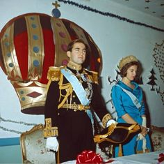 Constantine and Anne-Marie of Greece Greek Royal Family, Danish Royal Family, Adele, Princess Anne, Princess Zelda, Constantine Ii Of Greece, Greek Royalty, Anne Maria, Princesa Real
