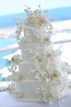The Prettiest Wedding Cake