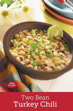 If you think beans are the best part of chili, this black-and-white bean turkey chili is perfect for your dinner table! Bowl Of Soup, Soup And Salad, White Bean Turkey Chili, Oregano Chicken, Great Northern Beans, Dinner Sides, Dutch Oven, Dinner Table, Recipe Box