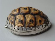 rare 17th century SNUFF/PATCH BOX in shape of a turtle with silver mounts.