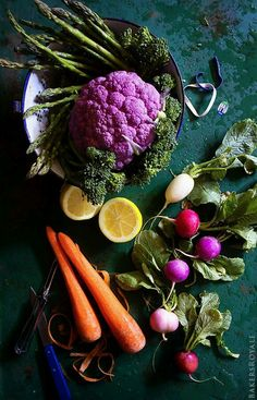 sometime playing with your food is a good thing - look at these lovely colors! doesn't it just make you want to eat everything here!