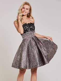 Sexy Homecoming Dress Strapless A line Appliques Black Short Prom Dress Print Party Dress 365228