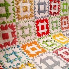 FEATHERED CHURN DASH QUILT       PC..............Sawdash quilt block tutorial at My Quilt Diet