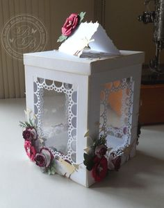 Gift Box/ Lantern tutorial by Baukje