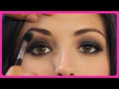 Demi Lovato Makeup Tutorial: How to Get Demi's Smokey Eye! - YouTube