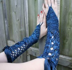 Hooked For Life - 12-001 - Fanciful Gauntlets by Mary Beth Temple. -  Crochet