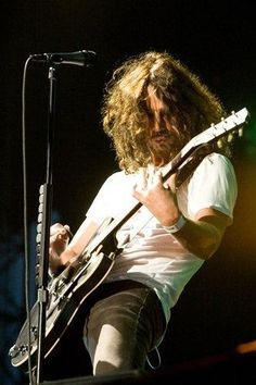 chris cornell temple of the dog - Google Search Chris Cornell, Say Hello To Heaven, Seattle, Matt Cameron, Temple Of The Dog, Marlon Teixeira, Eddie Vedder, Matthew Mcconaughey, Pearl Jam