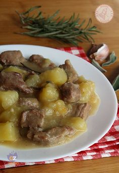 STUFATO CARNE E PATATE