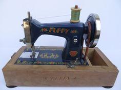 Child's Deluxe Puppy Sewing Machine 1950'S | eBay