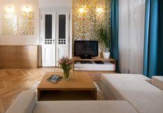 Glamour obývačka Mood Board Interior, Room Interior, Interior Design, Minimalist Interior, Scandinavian Interior, Beautiful Interiors, Interior Inspiration, Glamour, House