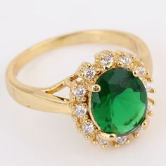 Stylish 18K Gold Plated Copper Ring Inlay Green Zircon High Quality Rings Two Sizes