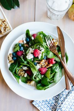 Crumbled Goat Cheese & Berry Salad from Handmade Mood