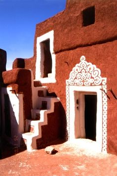 Mauritania, Oualata.  More African doorway amazingness / color palette inspiration.