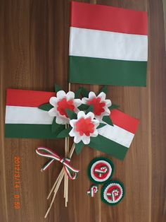 Amaranta kreatív világa: március 2012 Independence Day Theme, Independence Day Activities, Independence Day Decoration, Diy And Crafts, Crafts For Kids, Arts And Crafts, Paper Crafts, Classroom Ceiling Decorations, Soft Board Decoration