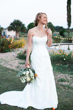 Photography: Heather Curiel Weddings - heathercurielweddings.com Floral Design: Petals Ink - petalsinkfloral.com Wedding Dress: Susan Neville - www.suzanneneville.com/   Read More on SMP: http://www.stylemepretty.com/2016/02/09/leven-rambin-jim-parrack-al-fresco-texas-wedding/