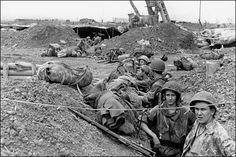 Une tranchée française à Dien Bien Phu (1954)