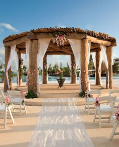Oceanfront Wedding Ceremony in Mexico. Wow makes me want to get married on a beach!