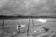 Clothes line, Glencaple, Scotland, 1954 © Edwin Smith, RIBA Photographs Collection