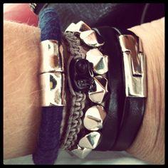 pulseirismo.   #acessories #bracelets #spikes #skulls