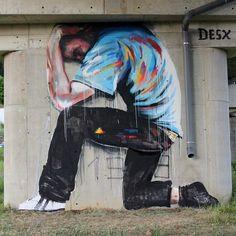 Artista: @_desx_ Locación: Italia Artículo 18. El trabajo es un hecho social y goza de protección como proceso fundamental para alcanzar los fines del Estado la satisfacción de las necesidades materiales morales e intelectuales del pueblo y la justa distribución de la riqueza. . . . #streetart #streetartistry #streetartist #streetartuk #streetartporn #streetartinsta #streetarthunter #streetartaddicted #art #artoninstagram #graffitis #graffitti #spraycanart #graffiti #urbanart #painting…