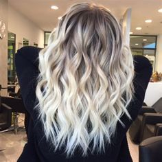 Blonde hair color ideas hair braids, balayage, style ideas i Icy Blonde, Platinum Blonde Hair, Blonde Color, Fall Blonde Hair, Blonde Hair Dark Roots Balayage, Blonde Hair With Roots, Brown Blonde, Fall Hair, Dark Brown