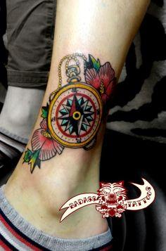 #나침반타투 #타투 #compass #tattoo #무궁화타투 #korean #national #flower #tattoos By Badass Tattoo
