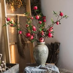 Rustic Pomegranate Country Home Decor Artificial Large Pomegranate Fruit Stem Tall Christmas Picks, Christmas Diy, Shabby Chic Painting, Pomegranate Fruit, Home Decor Pictures, Container Flowers, Light Photography, Wedding Themes, Artificial Flowers