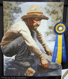 Panning for Gold by Lea McComas.  2014 Road to California, photo by Quilt Inspiration