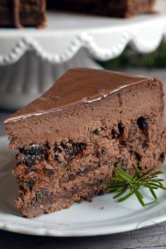 Čokoladni cheescake s suhimi slivami Sweet Recipes, Cake Recipes, Dessert Recipes, Original Cake Recipe, Bosnian Recipes, Vegan Junk Food, Kolaci I Torte, Chocolate Sweets, Cute Desserts