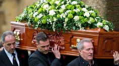Lynda Bellingham's husband Michael Pattemore and sons carrying her coffin - Modern Flowers For Men, Summer Flowers, Church Flowers, Funeral Flowers, Funeral Flower Arrangements, Floral Arrangements, Casket Sprays, Sympathy Flowers, Exotic Flowers