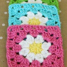 Crochet+For+Children:+Daisy+Granny+Square+pattern