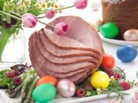 Baked Ham and Pineapple Recipe | Old Farmer's Almanac Easter Brunch, Sunday Brunch, Easter Food, Good Friday Crafts, Easter Buffet, Brown Sugar Glaze, About Easter, Easter Traditions, Glaze Recipe