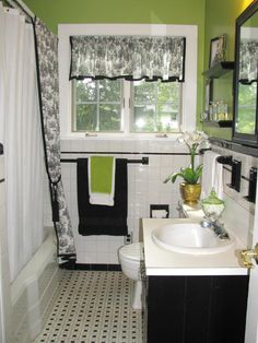 Green and black bathroom decor black and white with lime green bathroom bat Lime Green Bathrooms, Green Bathroom Decor, Black White Bathrooms, Bathroom Colors, Bathroom Interior Design, Bathroom Ideas, Colorful Bathroom, Budget Bathroom, Bathroom Small