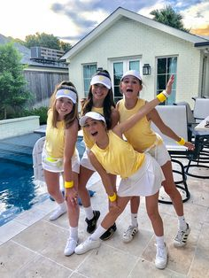 tennis player costume - Real Time - Diet, Exercise, Fitness, Finance You for Healthy articles ideas Tennis Player Halloween Costume, Cute Group Halloween Costumes, Costumes For Teens, Cute Costumes, Group Costumes, Halloween Kostüm, Halloween Outfits, Vsco Girl Halloween Costume, Clueless Halloween Costume