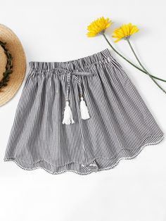Drawstring Waist, Elastic Waist. Shorts Decorated with Drawstring, Fringe, Scallop. Loose fit. High Waist. Striped design. Trend of Summer-2018. Designed in Black and White. Fabric has no stretch.