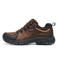Men's Fashion – How to Nail Office wear – Designer Fashion Tips Ing Civil, Mens Waterproof Hiking Boots, Men's Shoes, Shoe Boots, Men Hiking, Hiking Gear, Latest Mens Fashion, Men Style Tips, Hiking Shoes