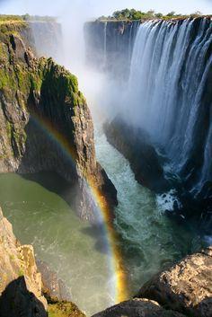 Burası neresi bilen var mı? :) Cevap Zambiya'daki Victoria Şelalesi