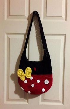 Crochet Kids Bag Girls Purse Patterns 51 New Ideas - Crochet bags - Häkeln Crochet Mittens, Crochet Slippers, Crochet Shawl, Crochet Girls, Crochet For Kids, Crochet Baby, Crochet Ideas, Crochet Handbags, Crochet Purses