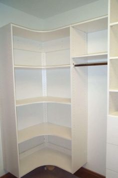 Wonderful and Compact Walk-in Closet Design : Walk In Closet For Small Places