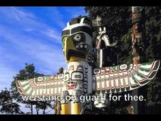 Totem Poles of the Pacific Northwest Totem poles are almost as famous as teepees as symbols of Native Americans. Native American Totem Poles, Native American Indians, Native Americans, National Songs, National Anthem, Native Indian, Native Art, Pole Art, Native American Beauty